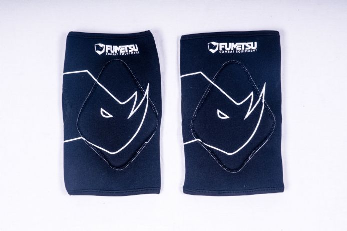 Adult's Fumetsu Grappling Knee Guard